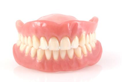 Implantes y cirugía dental