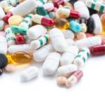 ¿Tomas medicamentos? Presta atención a tu salud bucodental