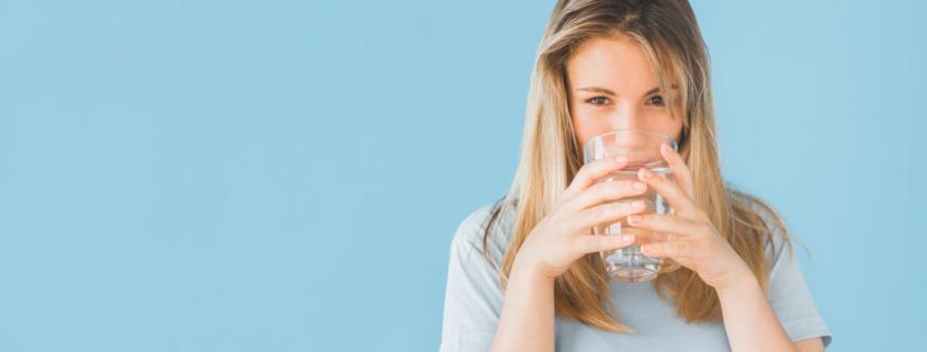 Beneficios del agua en la salud bucal