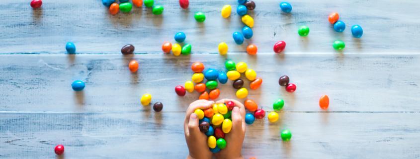 3 pasos para que el confinamiento no sea la fiesta de la caries en los niños